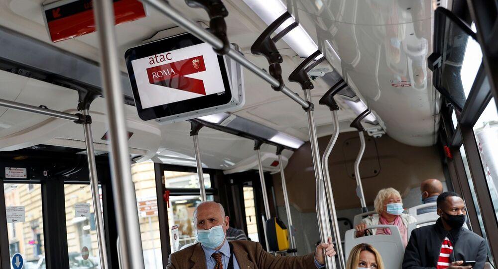 Roma - koronavirüs - Kovid-19 - mask- İtalya
