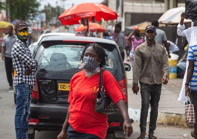 Batı Afrika - Gana - maske - koronavirüs