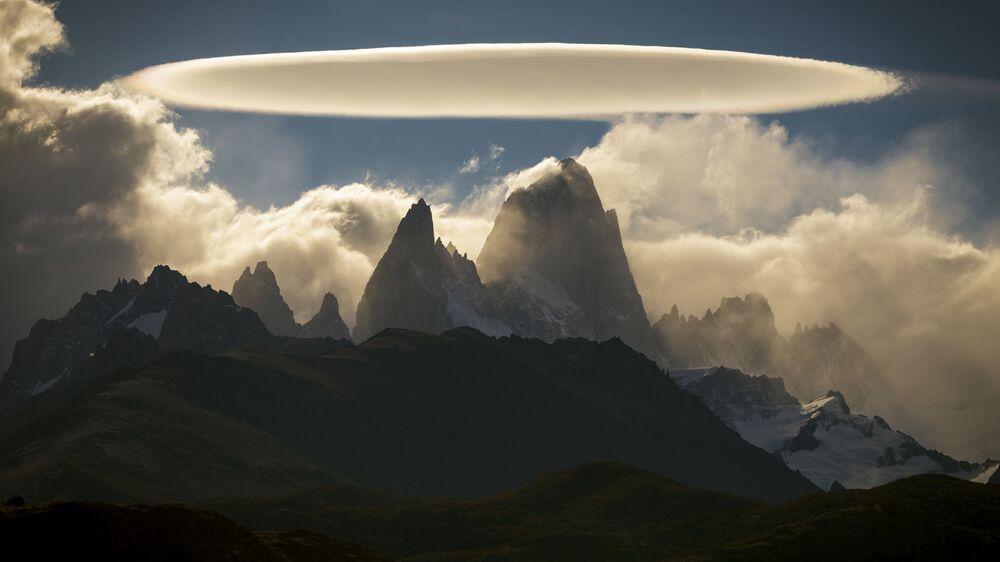 2020 Hava Olayları Fotoğrafları Yarışması'nın finalistlerinden Şilili fotoğrafçı Javier Negroni Rodriguez'in Arjantin'deki Patagonya bölgesinde çektiği görüntü