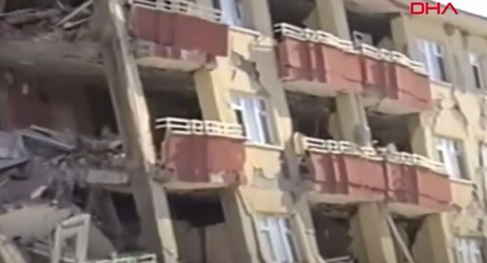 Van'daki depremin 9. yılında yeni görüntüler ortaya çıktı