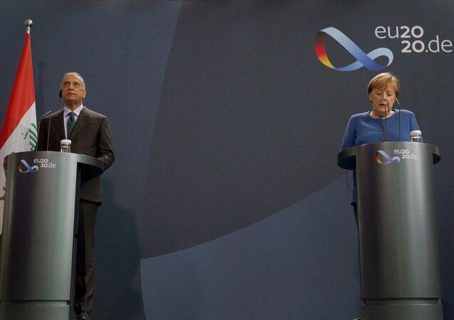 Merkel, başkent Berlin'de, Irak Başbakanı Mustafa el-Kazımi ile yapacağı görüşme öncesinde ortak basın toplantısı düzenlendi.