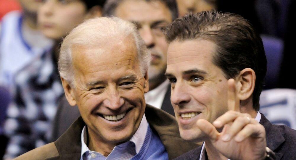 Joe Biden ile oğlu Hunter Biden (Arşiv-2010)