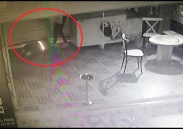 850 bin TL'lik hırsızlık yapan hükümlü, kameradan belirlenerek yakalandı