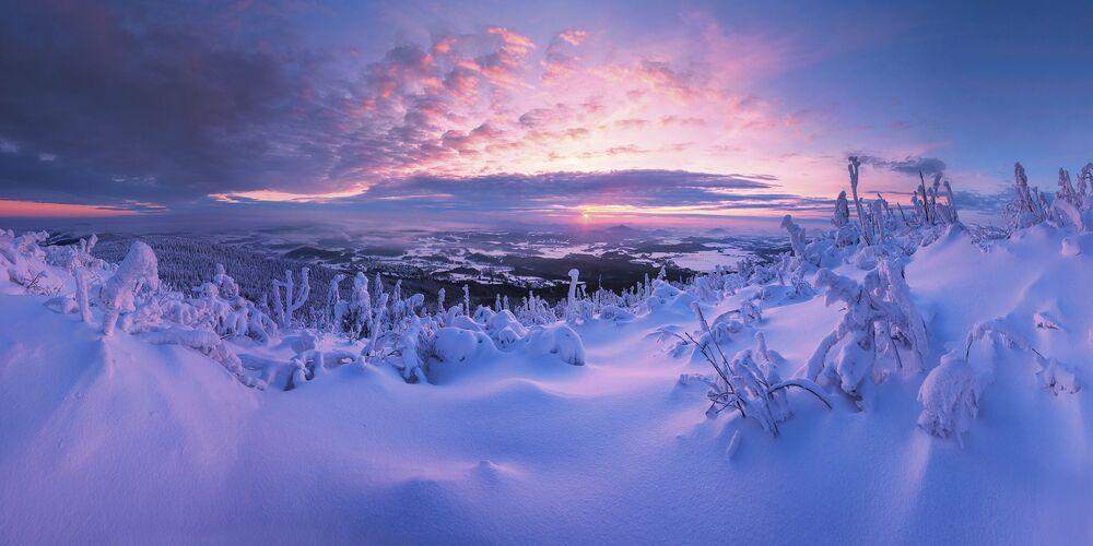 2020 Epson Uluslararası Panoramik Fotoğraf Yarışması'nın Amatör-Manzara_Doğa kategorisinde en iyi ilk 50 çalışma arasında yer alan Çekyalı yarışmacı Peter Cech'in Land of miracles görüntüsü