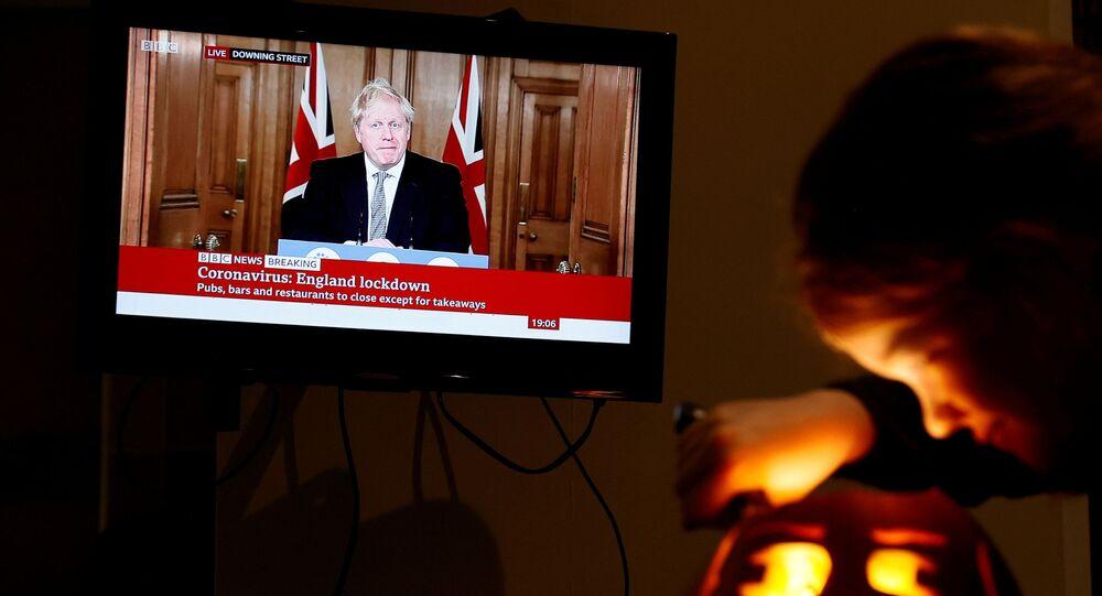 Boris Johnson- Cadılar Bayramı- İngiltere