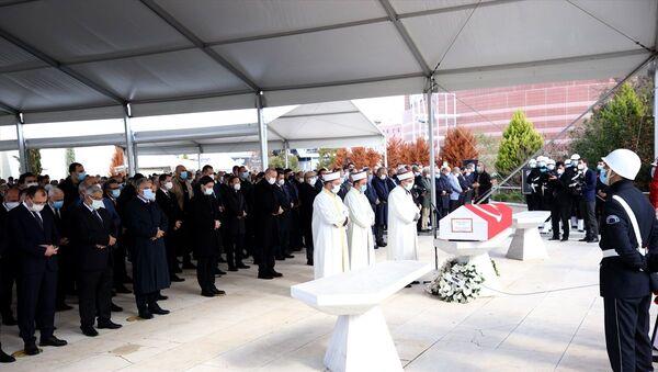 Mesut Yılmaz'ın cenaze töreni - Sputnik Türkiye