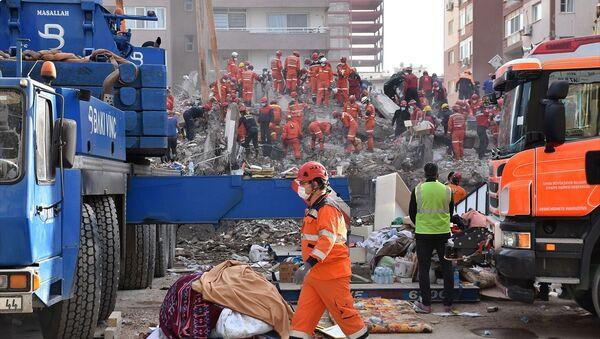 İzmir depremi arama kurtarma çalışmaları - Sputnik Türkiye