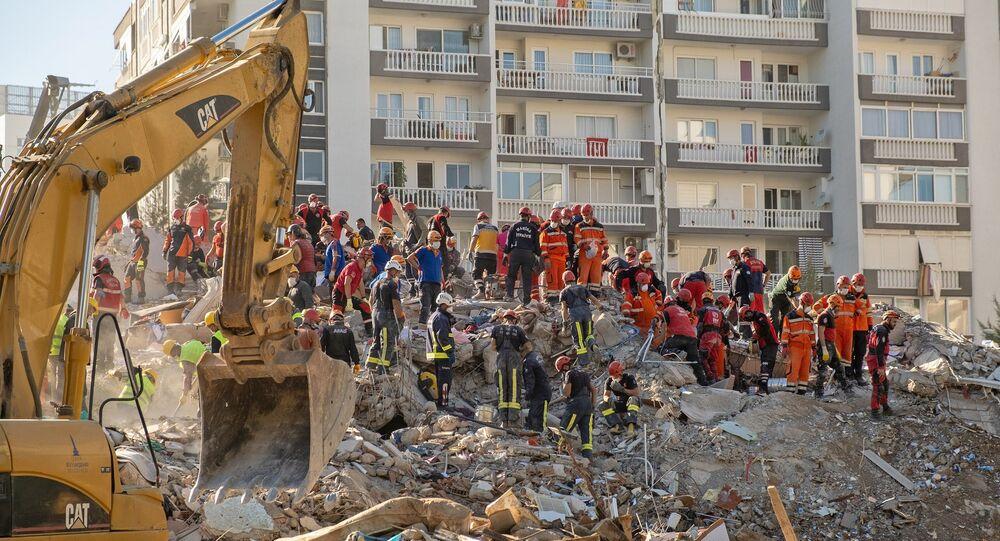 İzmir depremi, arama kurtarma çalışmaları