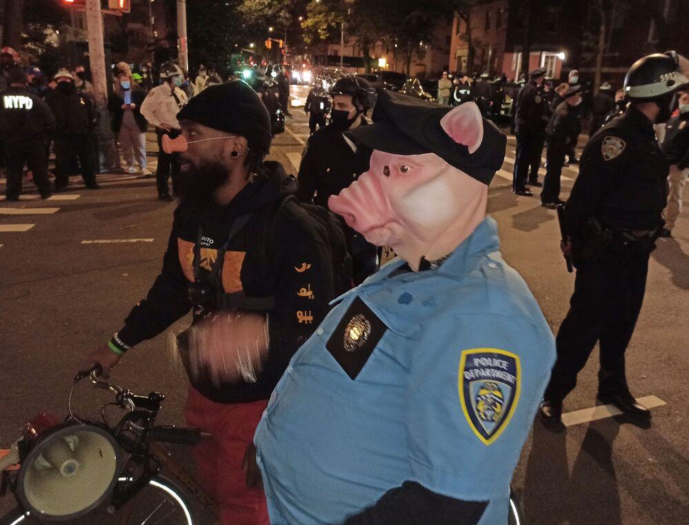 New York'ta düzenlenen protesto gösterisinden bir kare