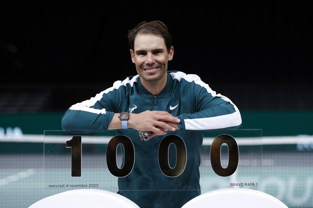 34 yaşındaki Nadal, Jimmy Connors (1274), Roger Federer (1242) ve Ivan Lendl'dan (1068) sonra açık dönemde bunu başaran 4. tenisçi oldu.