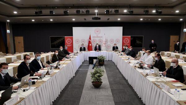 İstanbul'da Sağlık Bakanı Koca başkanlığında salgınla mücadele toplantısı yapıldı - Sputnik Türkiye