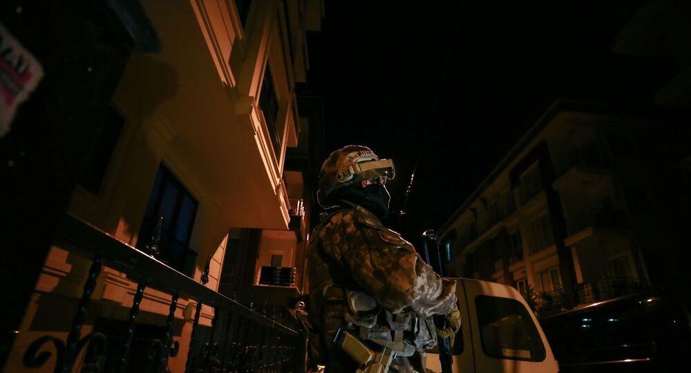 IŞİD operasyonu, İstanbul, polis gece görüntüsü