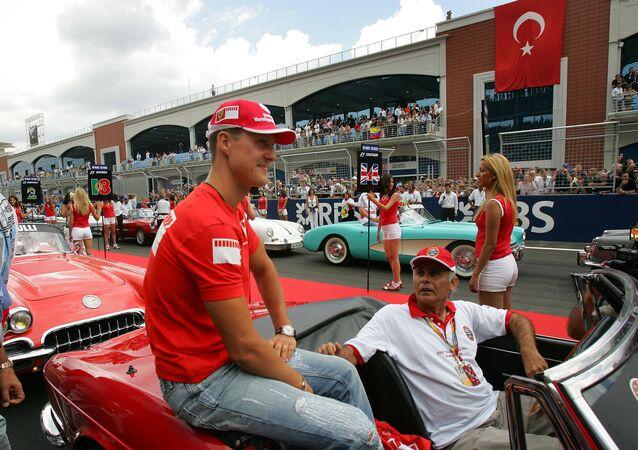 2006'da İstanbul Park'ta yapılan yarışta en hızlı tur zamanını, 55. turda 1.28.005 ile Ferrari'den Alman Michael Schumacher yaptı.