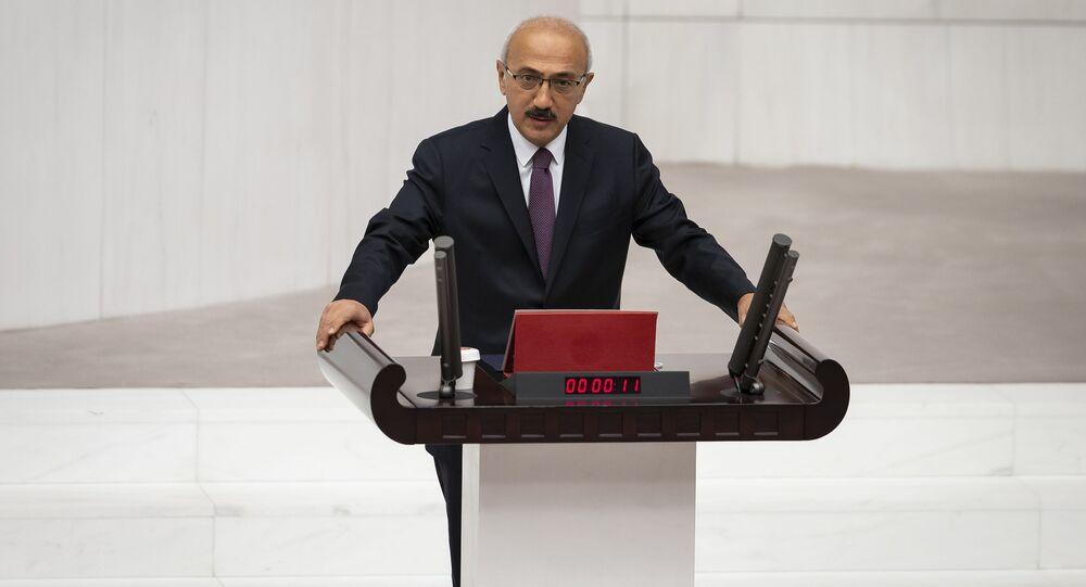 Lütfi Elvan, Hazine ve Maliye Bakanı olarak göreve başladı. Elvan, TBMM Genel Kurul çalışmalarına katılarak, yemin etti.