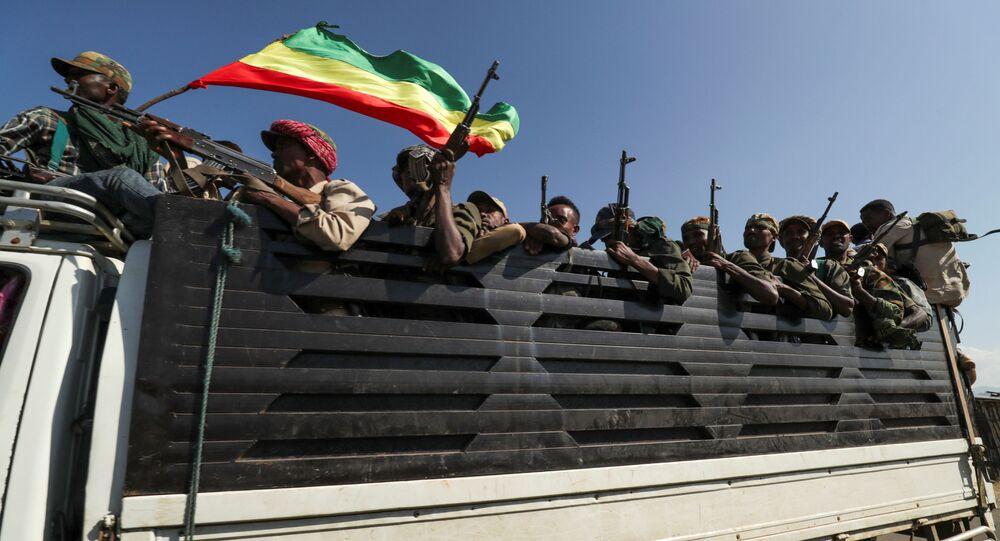 Etiyopya Federal Demokratik Cumhuriyeti Başbakanı Abiy Ahmed, Tigray ile tarihi husumeti bulunan komşu bölge Amhara'dan milisleri de Tigray'ın üzerine gönderdi.
