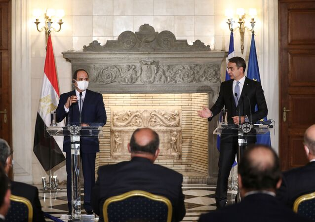 Mısır lideri Sisi ve Yunanistan Başbakanı Miçotakis