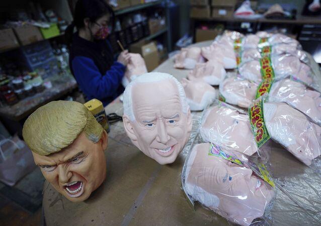 Donald Trump, Joe Biden maskeleri, Ogawa Stüdyoları, Japonya