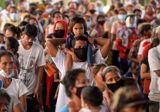 Filipinler, kalabalık
