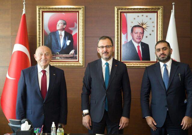Gençlik ve Spor Bakanı Dr. Mehmet Kasapoğlu, TFF Başkanı Nihat Özdemir ve beIN Media Group CEO'su Yousef Al-Obaidly