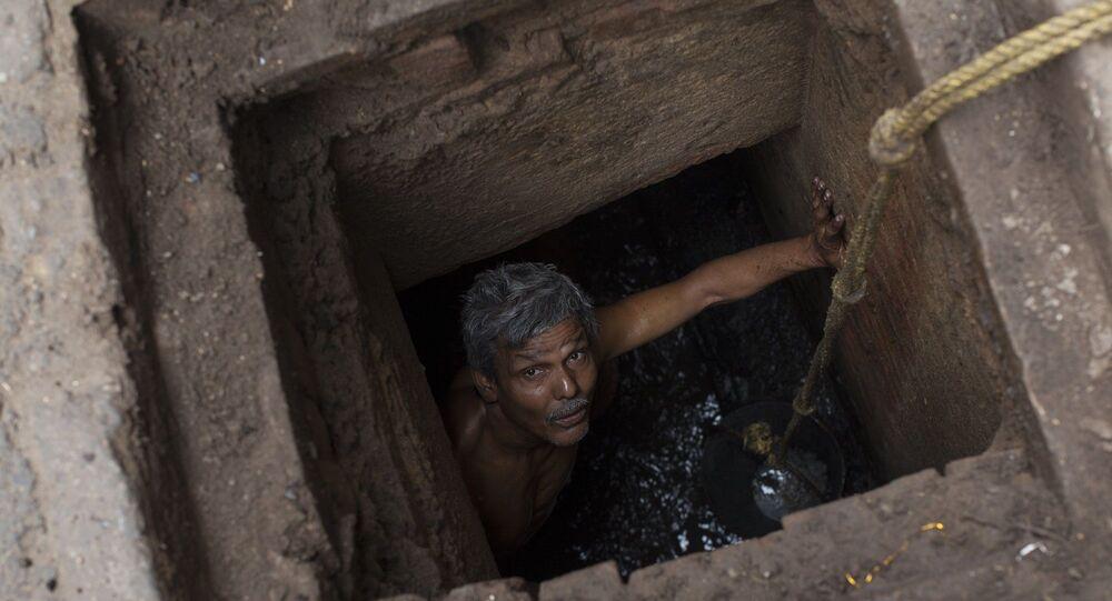 Hindistan - kanalizasyon - manüel temizlik