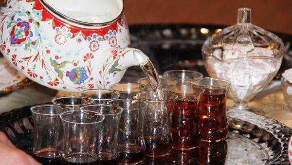 Çay - çay içmek - çay bardağı - Sputnik Türkiye