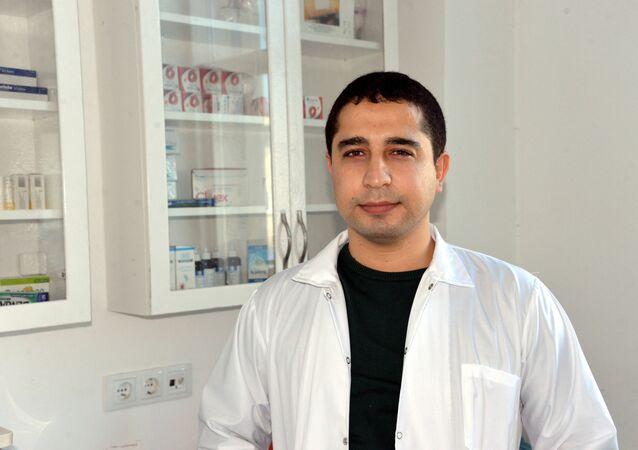 Antibiyotik yazmayan doktora tehdit ve hakarete 5 bin 660 lira ceza -  Doktor Tuğrul Kaba