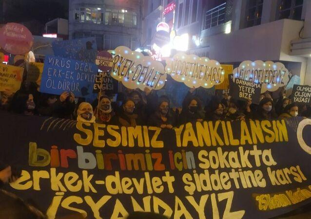 25 Kasım Kadına Yönelik Şiddete Karşı Uluslararası Mücadele ve Dayanışma Günü - İstanbul