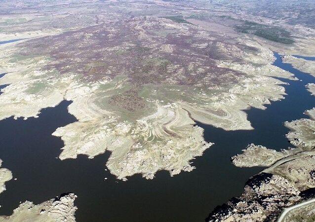 Edirne'nin içme suyunu sağlayan baraj kurudu