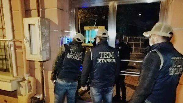 İstanbul merkezli 17 ilde FETÖ'ye yönelik eş zamanlı operasyon gerçekleştirildi. - Sputnik Türkiye