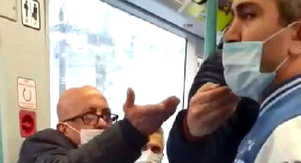 Tramvayda maske tartışması