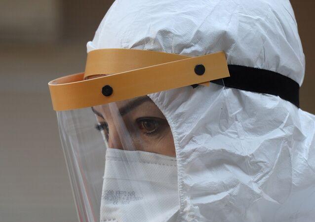 Koronavirüs - sağlık çalışanı