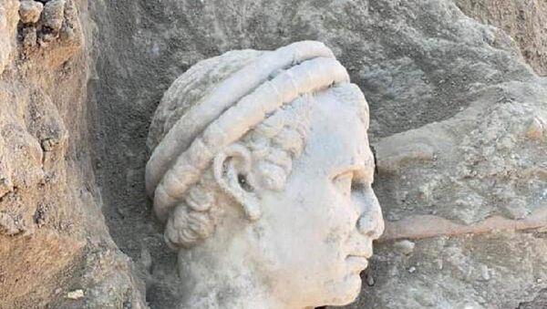 Laodikya- Rahip başı heykeli - Sputnik Türkiye