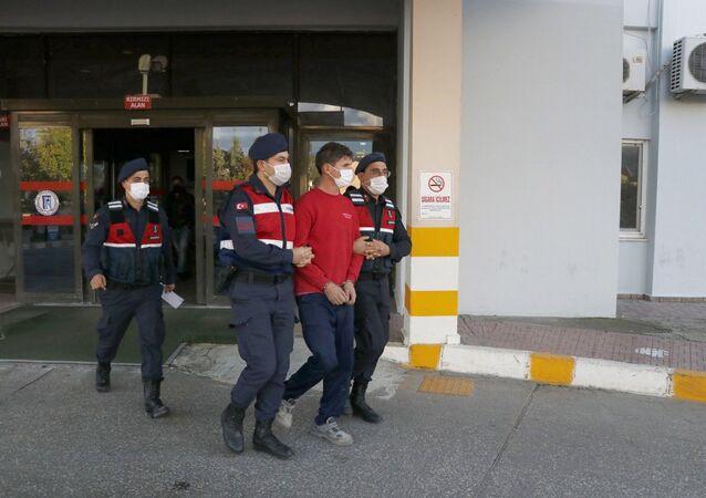 Muğla'da 15 suçtan aranan firari