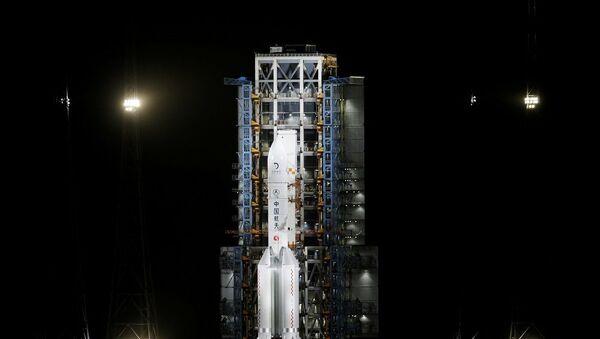 Çin'in Chang'e 5 uzay aracı  - Sputnik Türkiye