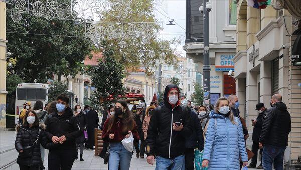 İstiklal Caddesi - İstanbul - maske - Sputnik Türkiye
