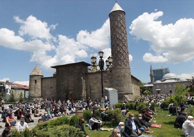 Erzurum, cuma namazı