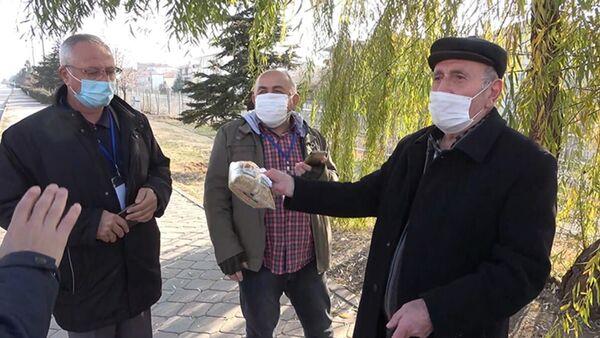 Toplu taşıma aracıyla 'bulgur' almaya gitti, 900 lira ceza yedi - Sputnik Türkiye