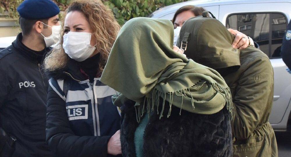 Türkiye'de kurdukları çağrı merkeziyle Almanları dolandıran çete çökertildi
