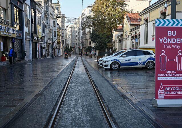 İstanbul - İstiklal caddesi - sokağa çıkma kısıtlaması