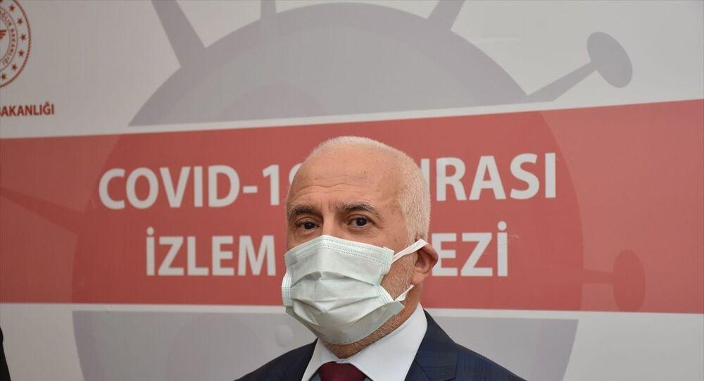 Hastanenin başhekimi Dr. Yaşar Bildirici,