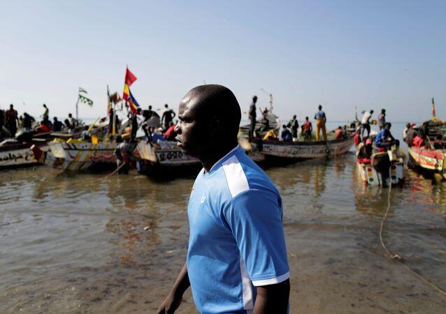 Senegal limanı Joal'da balıkçılıkla geçinen İbrahima Kane (38), 2006'daki girişiminin başarısızlığa uğramasına rağmen, 2021'de yeniden İspanya'nın Kanarya Adalarına ulaşmaya çalışacağını söyledi.