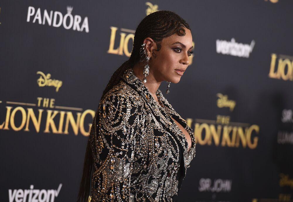 Listeye giren bir diğer isim ise ABD'li ünlü şarkıcı Beyonce Knowles 72. sırada yer aldı.