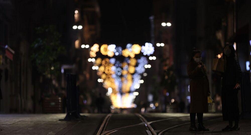 Sokağa çıkma kısıtlaması, İstiklal Caddesi