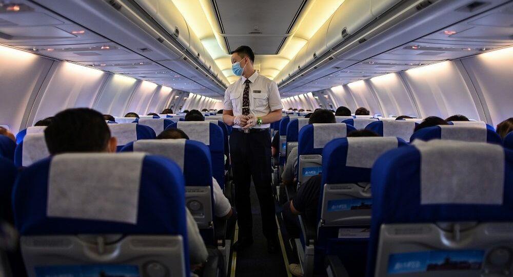 Uçuş görevlisi, Çin