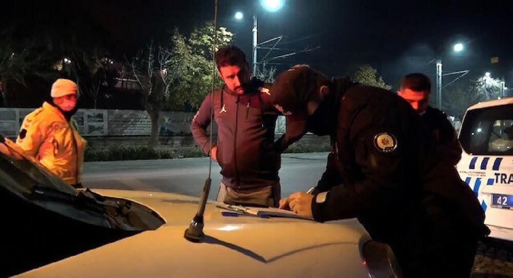 Kısıtlamayı ihlal eden kişiden, polise: İnşallah arabanız bozulur da benim tamirhaneye gelmezsiniz ağabey