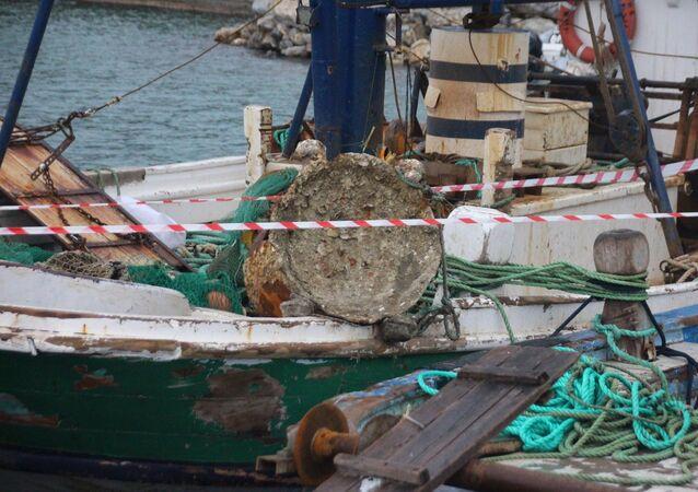 Bodrumlu balıkçıların ağına takılan 1. Dünya Savaşı'ndan kaldığı öne sürülen mayın