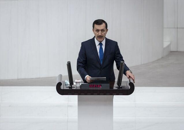 TBMM Genel Kurulu'nda, 2021 Yılı Merkezi Yönetim Bütçe Kanunu Teklifi'nin maddelerinin görüşmeleri sürüyor. AK Parti Ankara Milletvekili Emrullah İşler, görüşmelere katılarak konuşma yaptı.