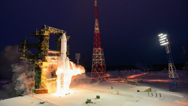 Rusya Hava ve Uzay Kuvvetleri tarafından Angara A-5 tipi ağır roketin ikinci fırlatma denemesi - Sputnik Türkiye