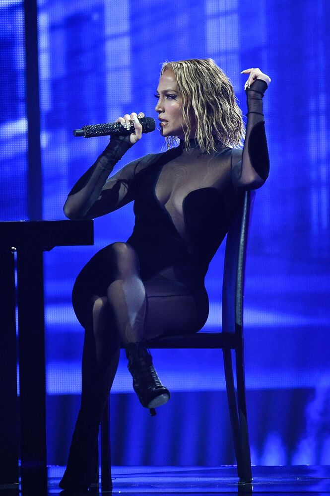 9. ABD'li şarkıcı Jennifer Lopez (47,5 milyon dolar)