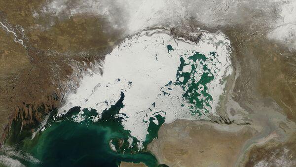 Hazar Denizi, buz - Sputnik Türkiye